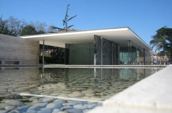 Barcelona Pavilion of Mies van der Rohe. Less is more.